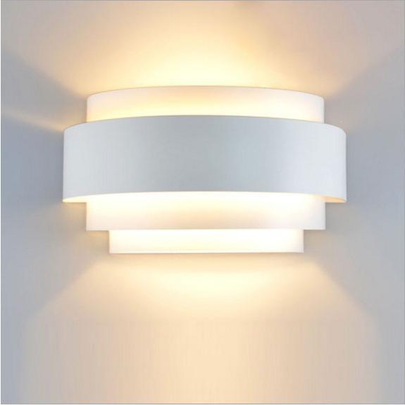 ウォールランプ 室内照明 インテリア 流行 ベッドサイドランプ 壁掛け照明 ブラケットライト ☆正規品新品未使用品 高輝度 廊下 欧米簡約 階段 工事必要 照明器具 LED対応 寝室 おしゃれ
