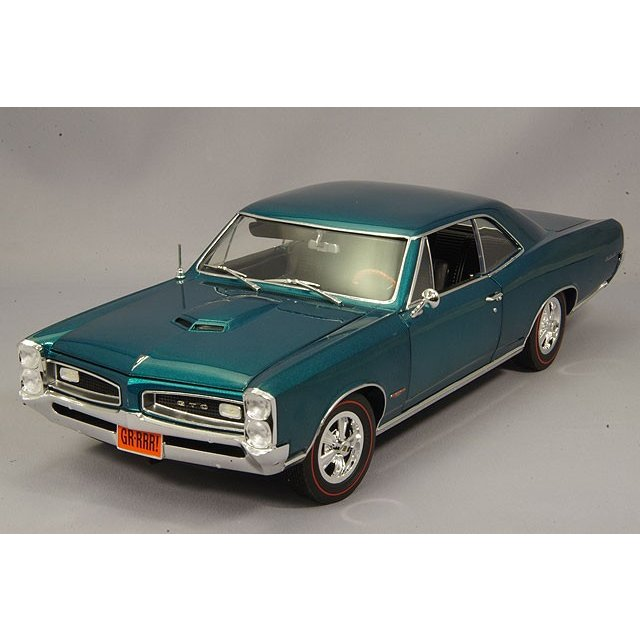 ACME 1/18 ポンティアック GTO 1966 マリーナターコイズ