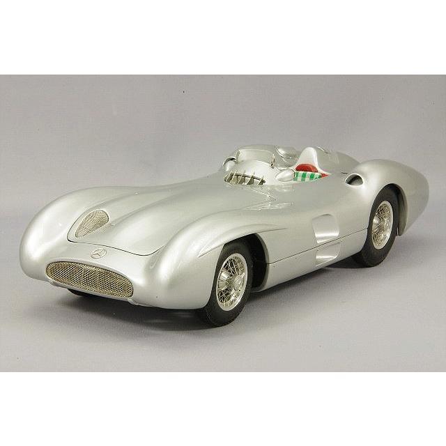 ☆ CMC 1/18 メルセデスベンツ W196R ストリームライナー 1954 シルバー