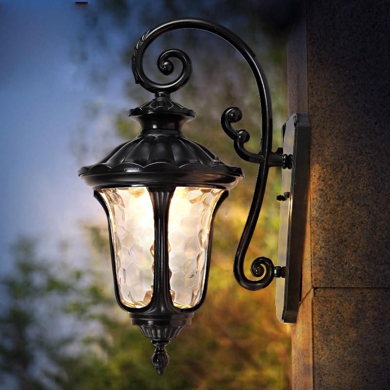 ブラケットライト 壁掛けライト 壁掛け照明 外灯 ポーチライト 玄関灯 レトロ 防水 アンティーク ウォールライト 表札灯 ガーデン 庭園灯 商品 爆売り 屋外 門灯 照明
