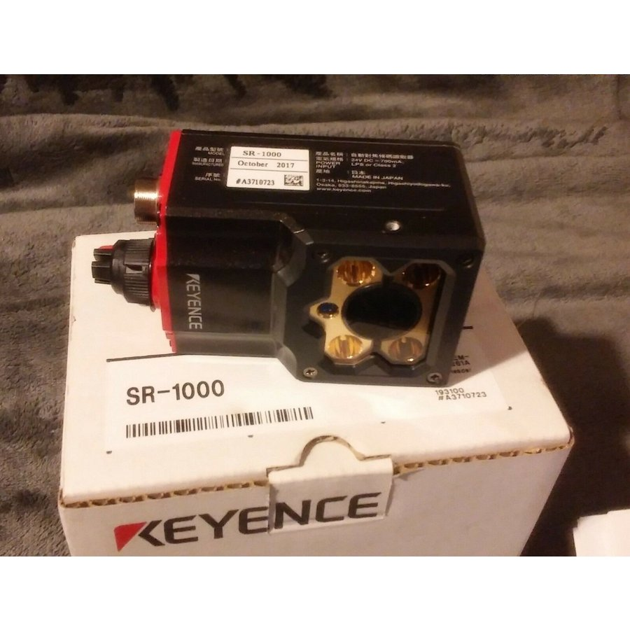KEYENCE キーエンス リーダ SR-1000 未使用 新古品