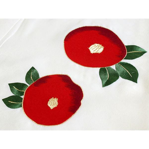 卒業式 二尺袖 着物 袴用 単品 オフホワイト 赤 椿 刺繍 紋意匠 フリーサイズ 購入 販売 着物のみ 2尺袖 和装 和服 洗える着物 レディース 送料無料|kimono-kyoukomati|04