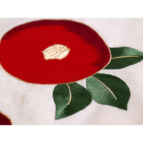 卒業式 二尺袖 着物 袴用 単品 オフホワイト 赤 椿 刺繍 紋意匠 フリーサイズ 購入 販売 着物のみ 2尺袖 和装 和服 洗える着物 レディース 送料無料|kimono-kyoukomati|05