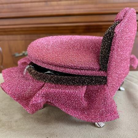 姫系アイテム☆ジュエリーボックス プリンセス丸型ベッド ピンク 乙女心をくすぐるキラキラ感 可愛い猫脚 蓋の内側にミラー付き kirakirapierce 04