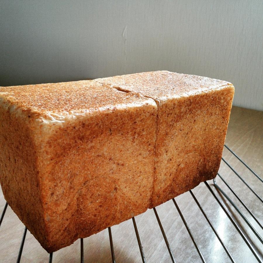 全粒粉食パン kokopan