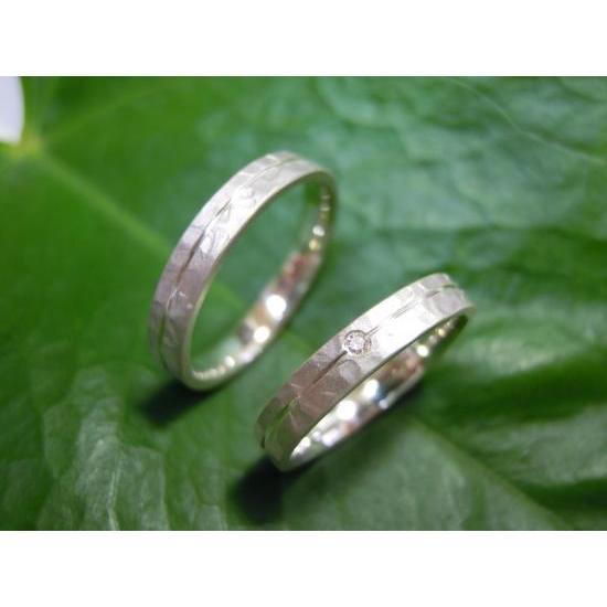 プラチナ 結婚指輪【本物の鍛造】艶消しの打ち出し槌目が純白で美しい!3ミリ幅&女性用にダイヤ入り|kouki