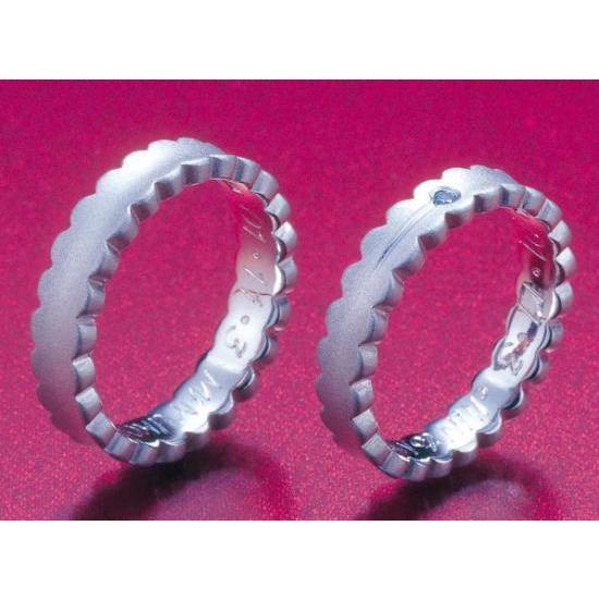 プラチナ 結婚指輪【本物の鍛造】ウエディングドレスをモチーフ!艶消し純白のフリルが凄く可愛い! kouki 04