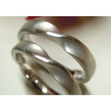プラチナ 結婚指輪【本物の鍛造】艶消しのメビウスリングが美しい!メビウスのラインのみ光沢で魅了|kouki|03