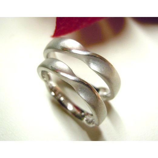 プラチナ 結婚指輪【本物の鍛造】艶消しのメビウスリングが美しい!メビウスのラインのみ光沢で魅了|kouki|04