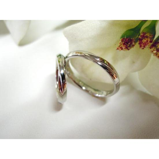 プラチナ 結婚指輪【本物の鍛造】ひねったツイストのラインが美しい曲線美!指輪の三角フォルムも可愛い!|kouki|02