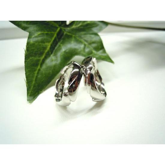 プラチナ 結婚指輪【本物の鍛造】丸みを帯びた可愛い羽根のデザイン!2種類の羽根を組み合わせたデザイン|kouki