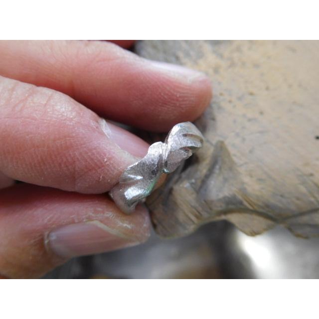 プラチナ 結婚指輪【本物の鍛造】丸みを帯びた可愛い羽根のデザイン!2種類の羽根を組み合わせたデザイン|kouki|12