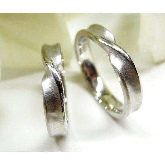 プラチナ 結婚指輪【本物の鍛造】インフィニティの光るラインが美しい!全体を艶消しでインフィニティが輝く!|kouki|04