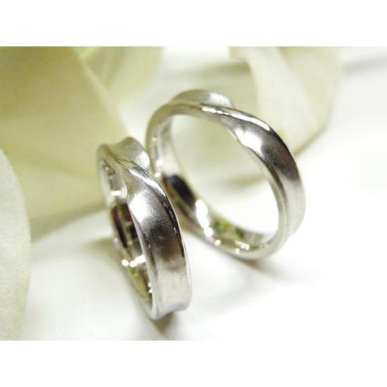 プラチナ 結婚指輪【本物の鍛造】インフィニティの光るラインが美しい!全体を艶消しでインフィニティが輝く!|kouki|05