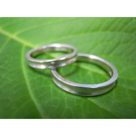プラチナ 結婚指輪【本物の鍛造】珍しい荒仕上げの逆甲丸デザイン!逆甲丸の光り方がGOODで格好いい! kouki 05
