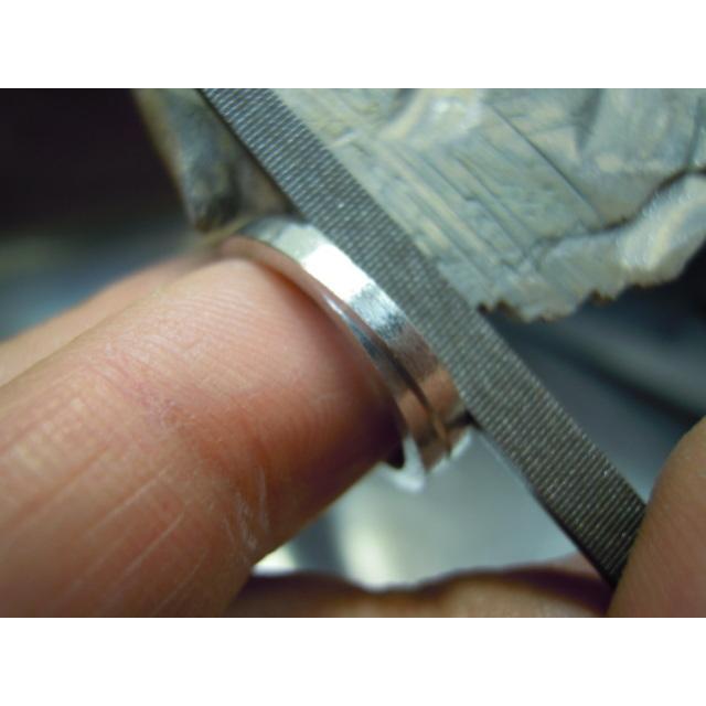 プラチナ 結婚指輪【本物の鍛造】2連の細い平打ちリングが重なる!彫金技術を駆使した荒仕上げの二連デザイン kouki 19
