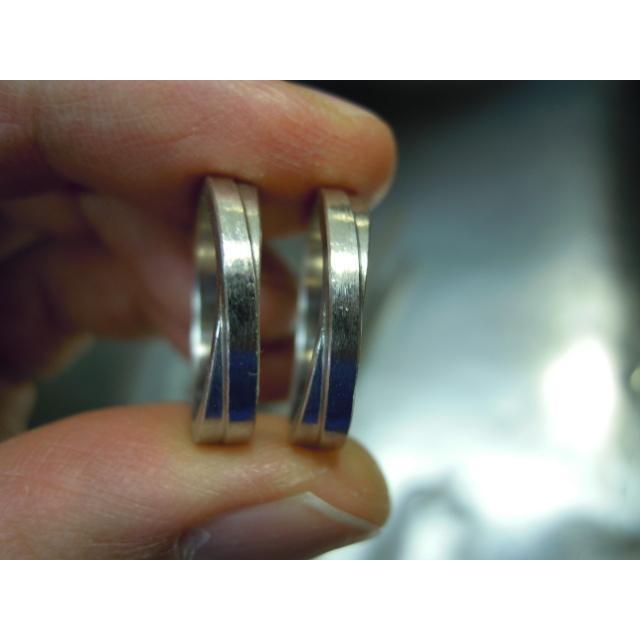 プラチナ 結婚指輪【本物の鍛造】2連の細い平打ちリングが重なる!彫金技術を駆使した荒仕上げの二連デザイン kouki 20