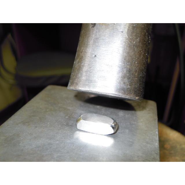 プラチナ 結婚指輪【本物の鍛造】2連の細い平打ちリングが重なる!彫金技術を駆使した荒仕上げの二連デザイン kouki 08