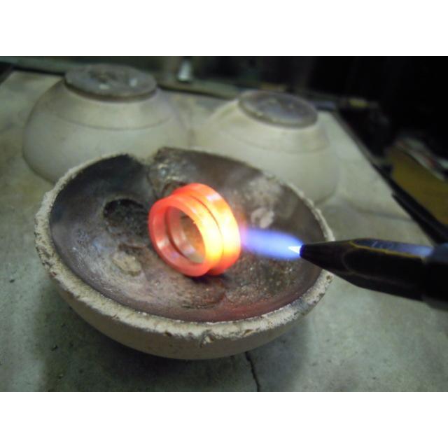プラチナ 結婚指輪【本物の鍛造】打ち出した槌目が力強い!強度と耐久性に優れた鍛造デザイン!ダイヤ入り kouki 17