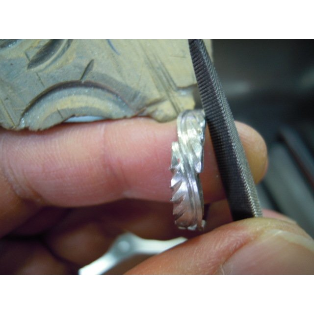 プラチナ 結婚指輪【本物の鍛造】荒削りのイーグルフェザーがお洒落で格好いい!イーグルの翼は愛の象徴! kouki 18