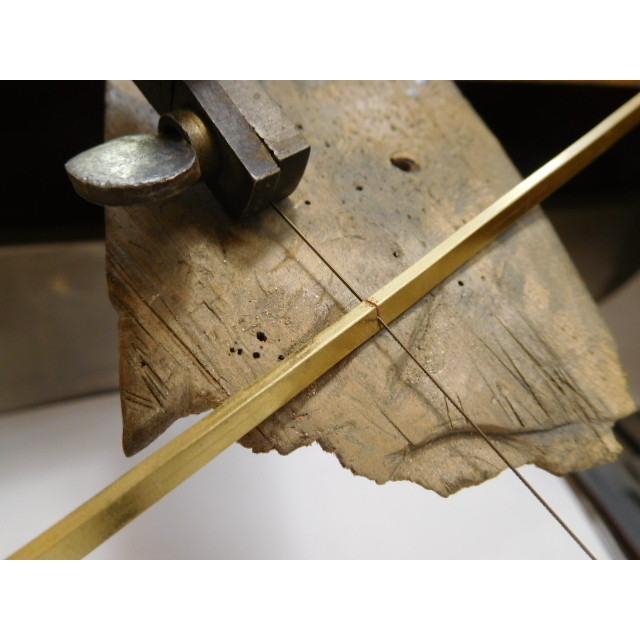 ゴールド 結婚指輪【本物の鍛造】浅めの槌目が繊細で美しい!艶消し平打ちデザインにハート彫り|kouki|12