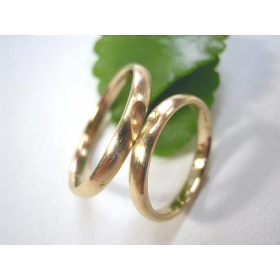 ゴールド 結婚指輪【本物の鍛造】k18荒仕上げのシンプルな甲丸リングにハート&内甲丸で最高の着け心地! kouki