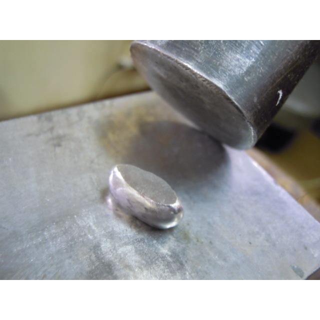 プラチナ 結婚指輪【本物の鍛造】太めの荒仕上げ平打ちリング&フチにミル打ちを打ち込んだデザイン! kouki 08