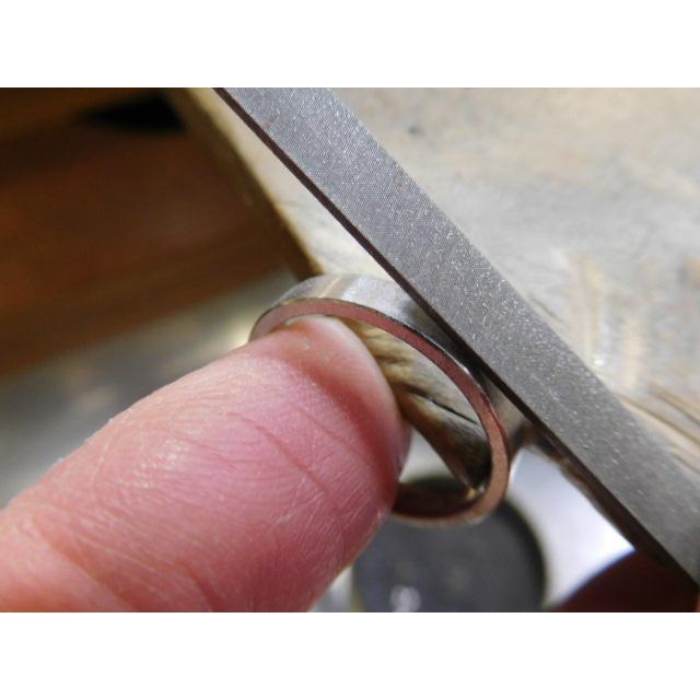 プラチナ 結婚指輪【本物の鍛造】太め鏡面の平打ちリング&フチにミル打ちを打ち込んだ美しいデザイン! kouki 19