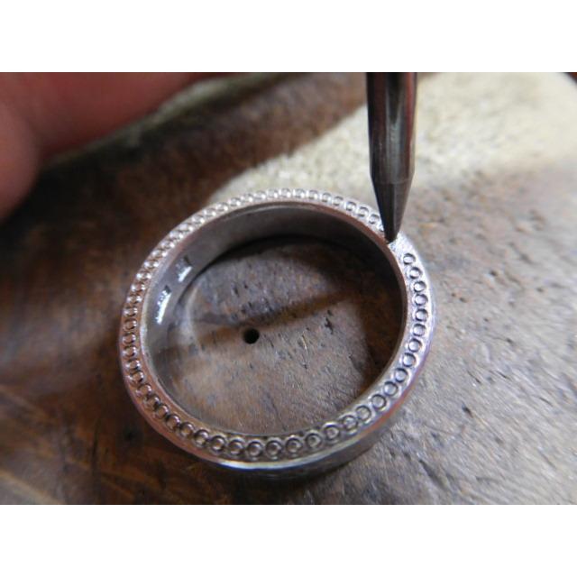 プラチナ 結婚指輪【本物の鍛造】幅広で分厚い平打ちリング!表面は叩き出し&側面はミル打ち kouki 20