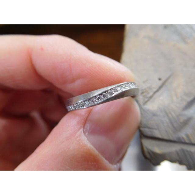 プラチナ 結婚指輪【本物の鍛造】LOVEが繋がるメビウス! 女性は美しいメビウスのエタニティ|kouki|21