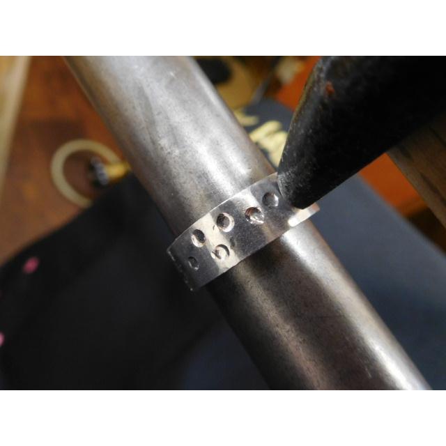 プラチナ 結婚指輪【本物の鍛造】幅広い平打ちに深い光沢の槌目が半端ない! 男性7ミリ幅 女性6ミリ幅|kouki|15