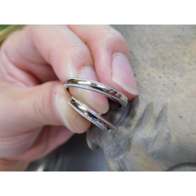 プラチナ 結婚指輪【本物の鍛造】シンプルな甲丸の両フチに 小さいミル打ち 幅2.6ミリ kouki 03