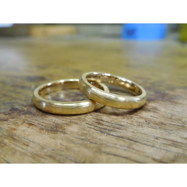 純金 結婚指輪【本物の鍛造】純金の荒仕上げが美しい!シンプルな甲丸&幅3ミリ kouki 03
