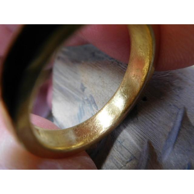 純金 結婚指輪【本物の鍛造】純金の荒仕上げ甲丸が美しい!ボリューミーな幅5ミリ&厚み2.3ミリ kouki 10