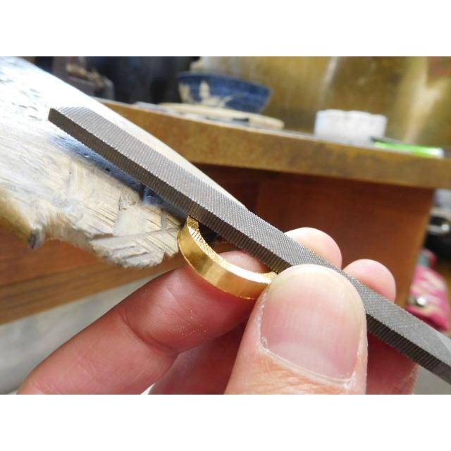 純金 結婚指輪【本物の鍛造】浅い槌目の艶消しが繊細で綺麗! 4ミリ幅の平打ちデザインがシンプルでGOOD|kouki|11