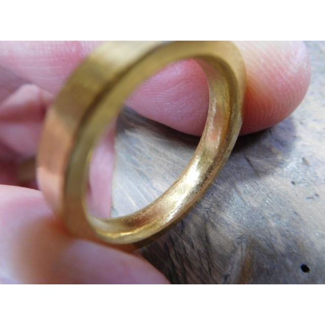 純金 結婚指輪【本物の鍛造】浅い槌目の艶消しが繊細で綺麗! 4ミリ幅の平打ちデザインがシンプルでGOOD|kouki|08