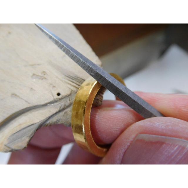 純金 結婚指輪【本物の鍛造】浅い槌目の艶消しが繊細で綺麗! 4ミリ幅の平打ちデザインがシンプルでGOOD|kouki|10