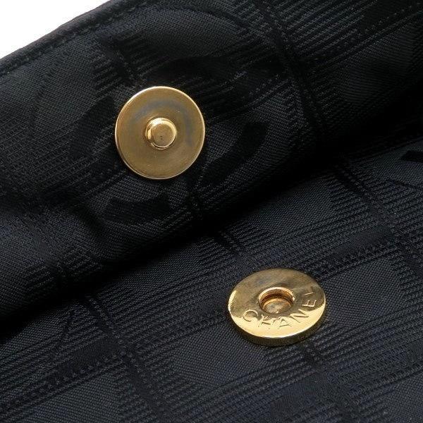 シャネル ニュートラベルライン ウエストポーチ ブラック 黒 Gカード 保存袋付き A29346 中古(程度極良【美品】)|lafesta-k|09