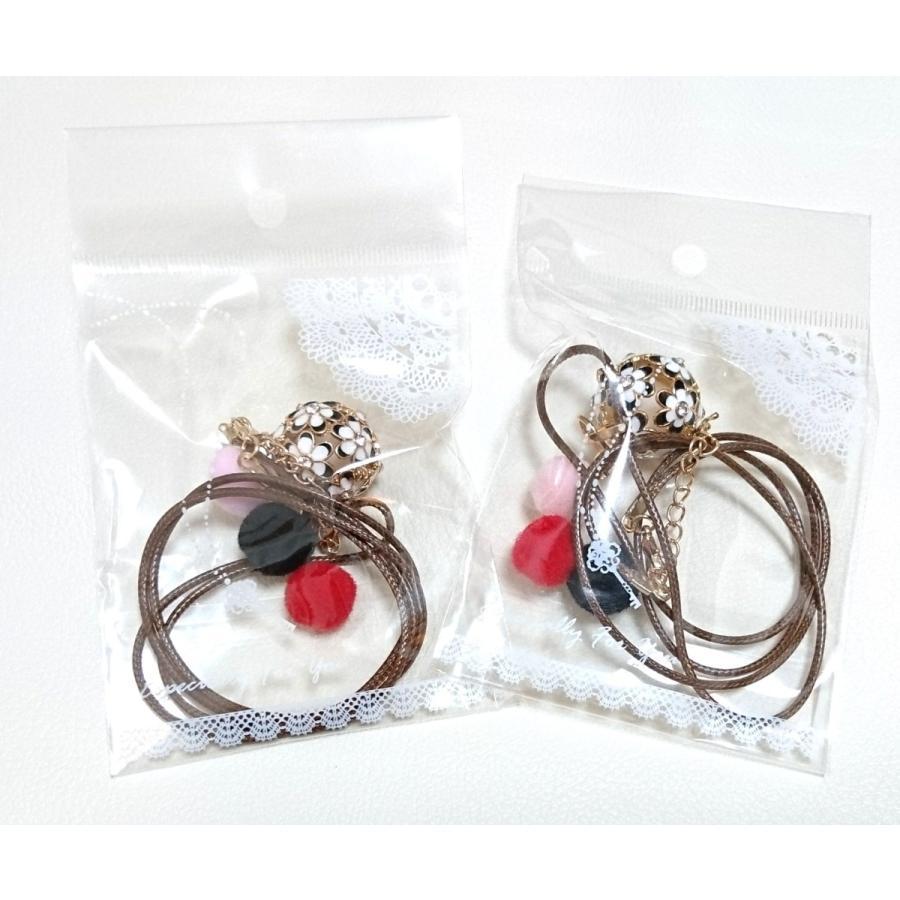 紐が可愛いお花のアロマペンダントネックレス アロマネックレス 白 黒 青 ピンク lanaaromashop 06
