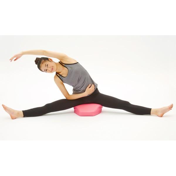 股関節ストレッチクッション ピンク Hip Stretch Cushion 開脚 前屈 腰のストレッチ le-cure 10