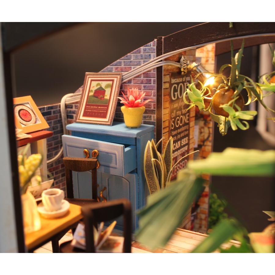 ミニチュアドールハウス コーヒーハウス DIY ホンガクラフト|lebenwood|07
