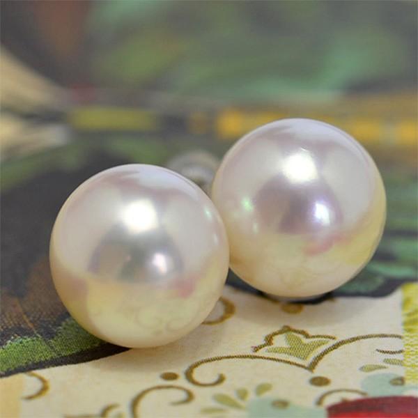 大玉10mmホワイト淡水真珠ピアス/イヤリング シャボン玉カラー浮かぶ大珠ラウンド!最高品質のパールをお楽しみください lecollier
