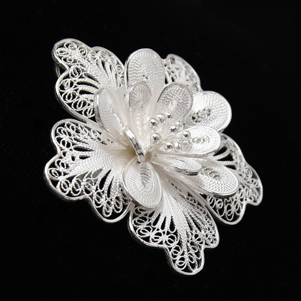 フィリグリー フラワー ブローチ ペンダント 美しい手仕事の繊細な銀線細工 ジョグジャカルタ KA79 lecollier 08