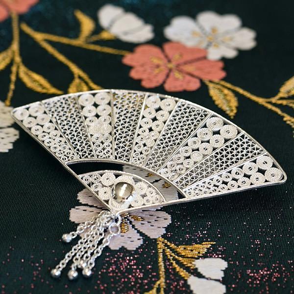 フィリグリー 扇 ブローチペンダント 美しい手仕事の繊細な銀線細工 ジョグジャカルタ メール便不可|lecollier