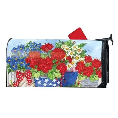 Magnet Works Works Works MailWrap - Patriotic Floral 942