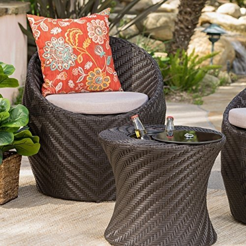 Belen Outdoor 褐色 Wicker Accent Table with with Ice Bucket