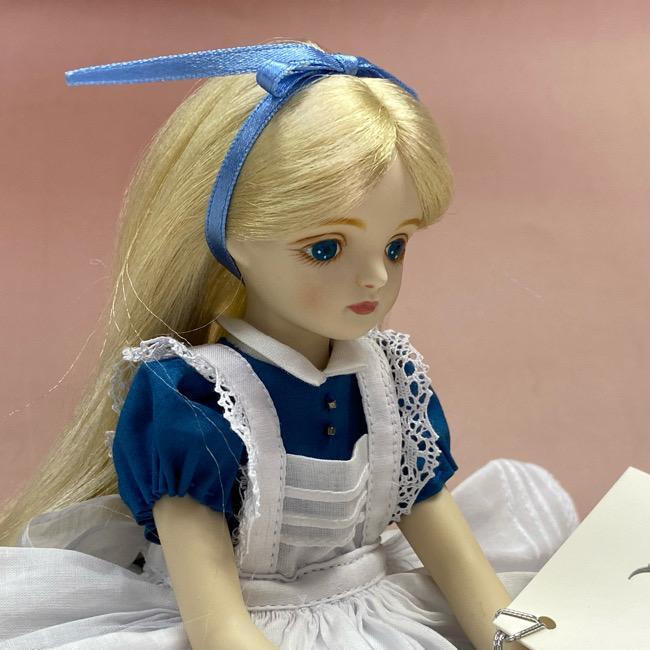 若月まり子人形作品・キャラクター 不思議の国のアリス(ストレートヘアー) 手作り創作人形(ビスクドール)p-001-1