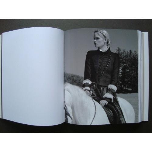 「カルチャーシャネル展(Culture Chanel)」[B170101]|machinoiriguchi2|03