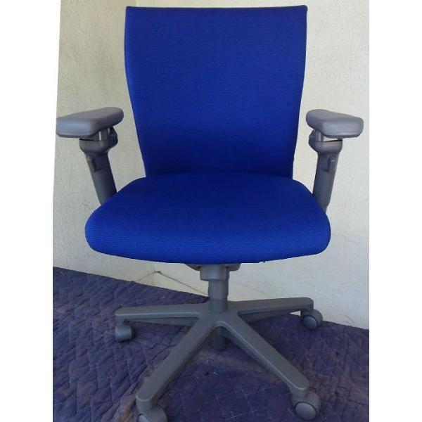 オフィスチェア コクヨ トレンザ 青色 肘掛付 事務椅子 OAチェア 回転椅子 回転椅子 (2)
