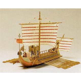 ローマ軍のバイリューム船『 カエサル号』(紀元前30年のローマ軍の二段櫂 船) 【マンチュア社:Art.770 木製組立モデル】